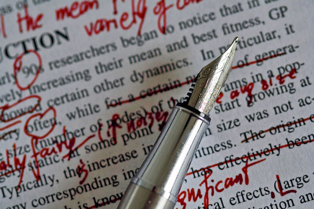 Red Pens and Retcons: Changing Readers' Experiences